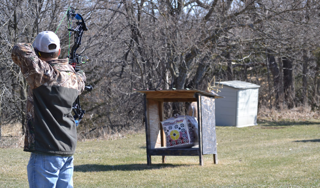 How To Recover From A Missed Shot   Bow Hunting - Raised Hunting