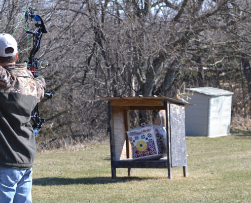 how to recover from a missed shot bow hunting | Raised Hunting